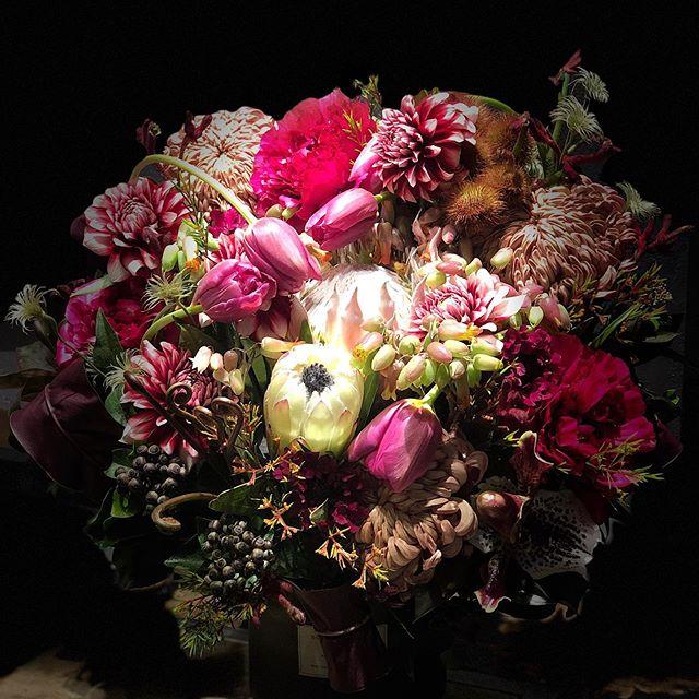 Barの開店祝いのお花