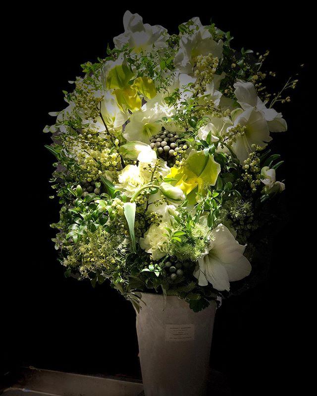 御就任祝いのお花